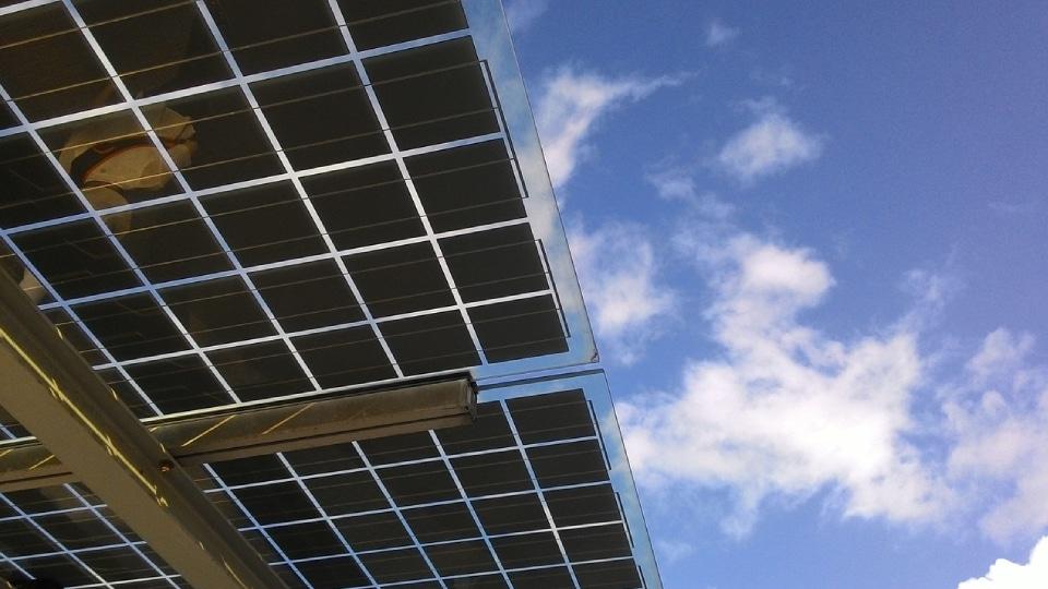 marquesinas fotovoltaicas aprovechar sol
